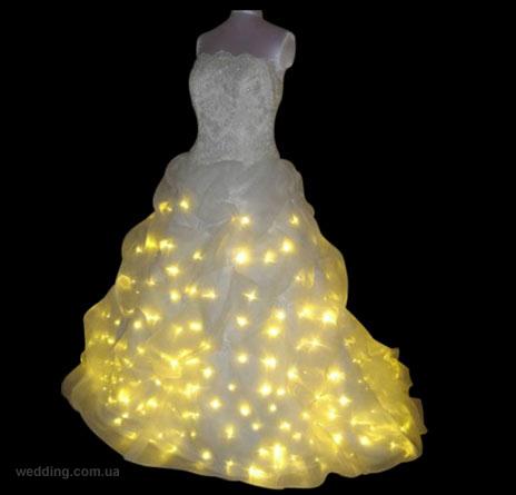 Свадебное платье из лампочек